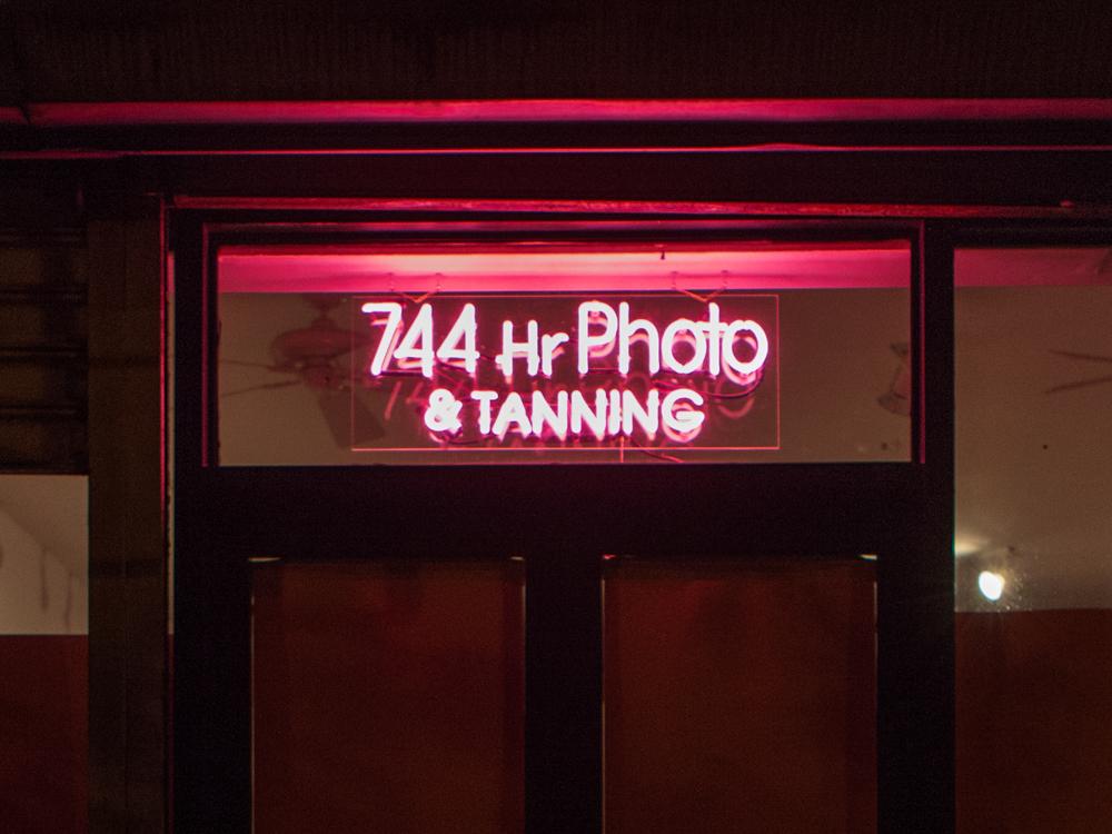 744 Hr Photo & Tanning